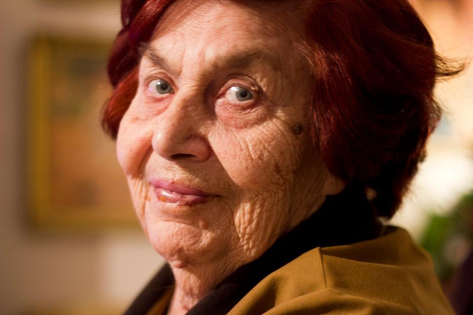granny@85