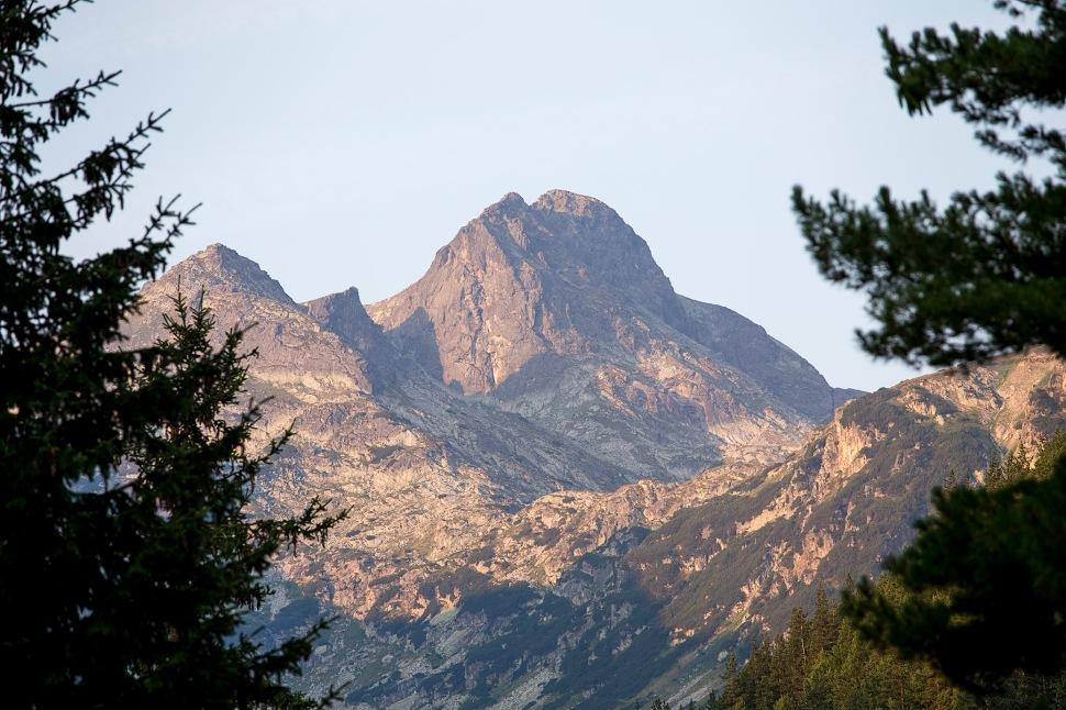 mountainatmygates01